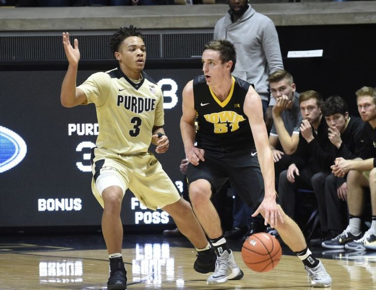 Purdue Basketball Defense : Career High From Edwards